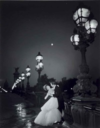 carmen dancing on the pont alexandre iii, paris by richard avedon