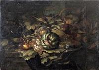 panier de fruits, oiseau et raisins sur un entablement by abraham brueghel