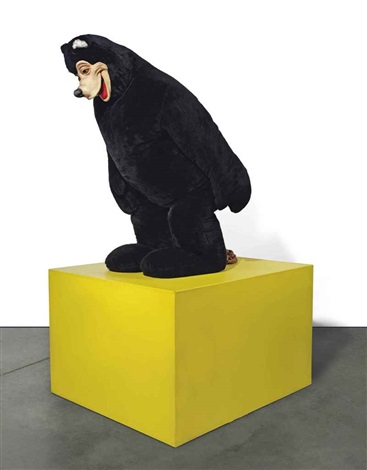 bear sculpture by paul mccarthy