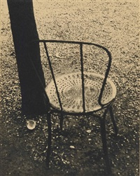 chair, paris by ilse bing