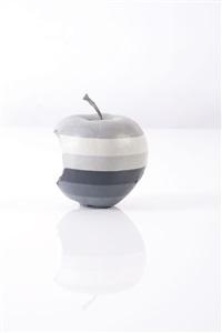 apple 2000 (b/w) by ricky swallow