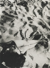 in the sand by lászló moholy-nagy
