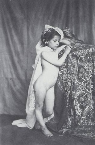 Petit index de fille nue
