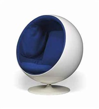 a ball chair by eero aarnio