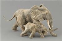 l'accès à la plage (éléphante et éléphanteau) by françois van den berghe