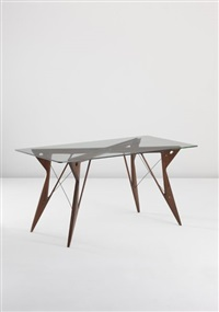 table by leonardo fiori