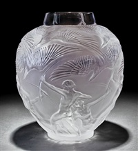 archers clear crystal vase by rené lalique
