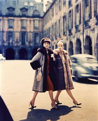 etude de mode, place des vosges (vogue, paris) by guy bourdin