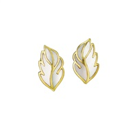 gold and mother-of-pearl earclips (pair) by tiffany & company