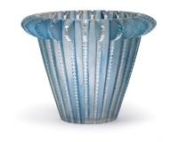 a vase royat by rené lalique