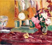 vase de fleurs près de la pendule by louis valtat