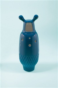 showtime vase 5 - blue by jaime hayon