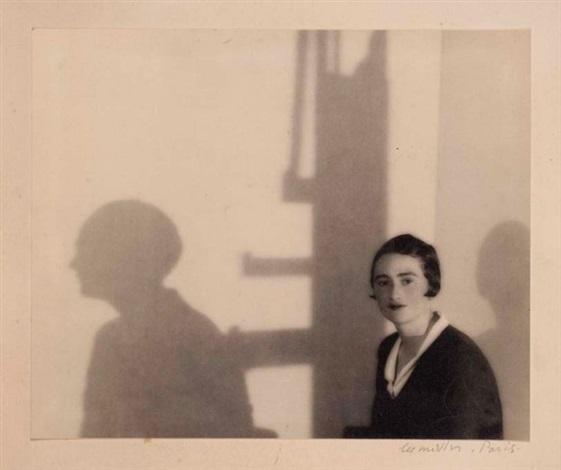 portrait de l'actrice renée devillers et son ombre, paris by lee miller
