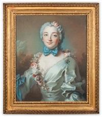 portrait de jeune femme en flore, un noeud noué autour du cou, une guirlande de fleurs descendant sur son buste by pierre allais