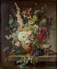bouquet de fleurs dans un vase by cornelis van spaendonck