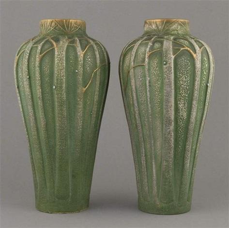 paire de vases au décor darbres by paul dachsel