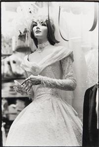 bride with broken fingers by zoe leonard