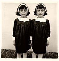 identical twins (cathleen and colleen), roselle, n.j by diane arbus