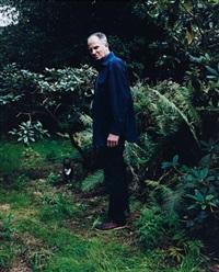 hans hansen in his garden by annette kelm