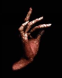 main tatouée (collab. w/marco guerra) by yasmina alaoui