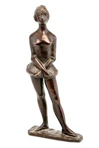 a ballerina posing by matti haupt
