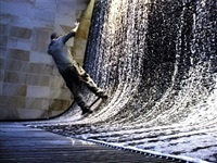 guide to recent architecture: fountains (excerpt) by shaun gladwell