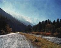 chamonix-rue nationale et le mont blanc by florian maier-aichen