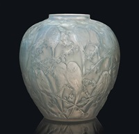 perruches vase, no. 876 by rené lalique