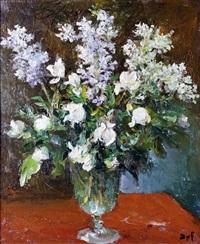 grand vase de fleurs blanches by marcel dyf