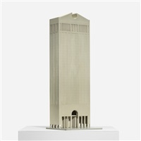 presentation model for the international corporate headquarters of at&t, new york by philip johnson and john burgee