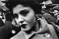 big face in crowd, new york by william klein