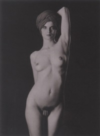 yvette, nu féminin by thomas karsten