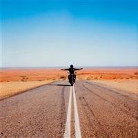 approach to mundi mundi, silverton road, mundi mundi by shaun gladwell
