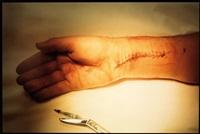 mick jagger's hand, southampton, long island by annie leibovitz