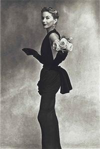 women with roses on her arm (lisa fonssagrives-penn), paris by irving penn