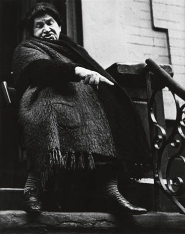 woman with shawl by lisette model