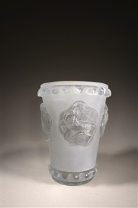 vase modèle camargue by rené lalique