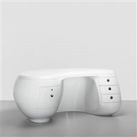 boomerang desk by maurice calka