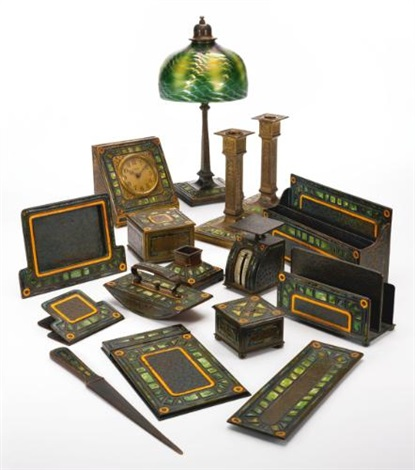 malachite art deco desk set set of 16 by louis comfort tiffany
