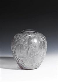 perruches vase by rené lalique