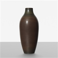 monumental vase by carl-harry stålhane