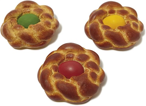 bread with egg set set of 3 by jeff koons