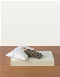 swaddled baby by ron mueck