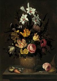 ein blumenstrauß von tulpen, rosen, lilien und anderen blüten in einer figural geschmückten tonvase auf einer steinernen tischplatte mit seltenen muscheln by abraham bosschaert