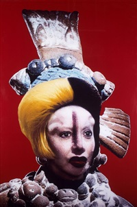 défiguration-refiguration - self-hybridation précolombienne n°27 by orlan