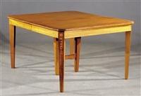 dining table by george hepplewhite