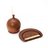dustpan and thread/yarn holder (2 works) by kay bojesen
