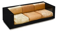 saratoga sofa by lella and massimo vignelli