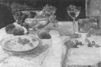stilleben mit glasschale, obst, teller und weinglas by rudolf thost