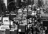 rush hour on 5th avenue, new york by andreas feininger